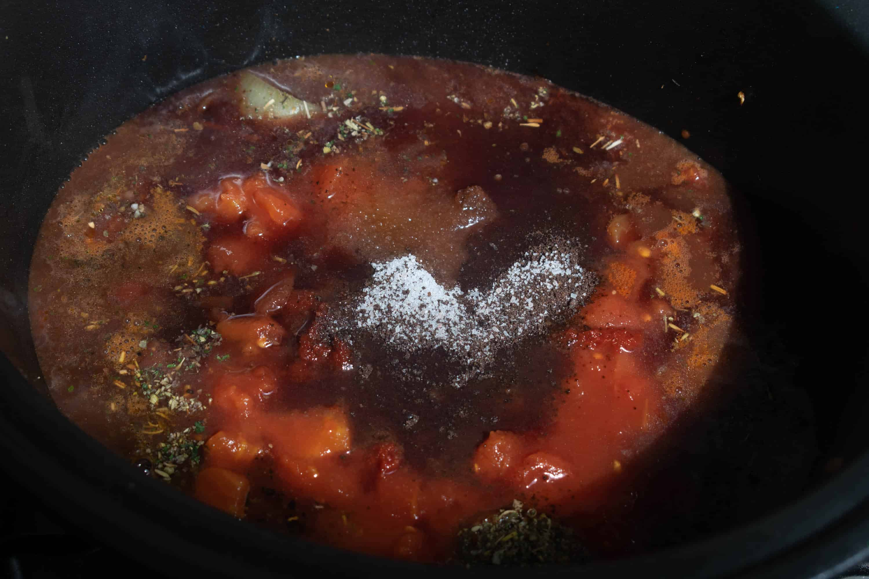 tomato and beef in slow cooker