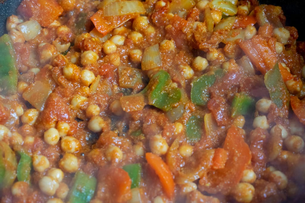 chickpea balti curry cooking