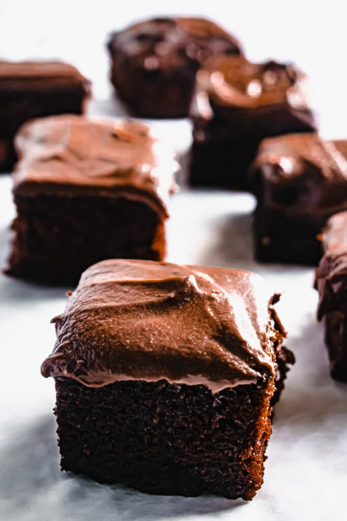 chocolate fudge cake traybake recipe