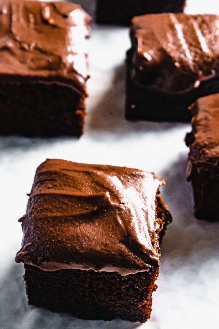 chocolate fudge cake traybake recipe
